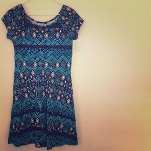NWT blue and black geometric dress. Medium